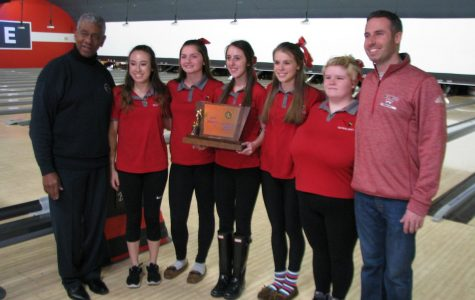Lady Cards Bowling Team Takes States
