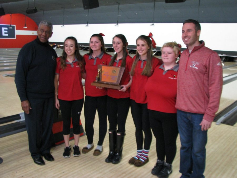 Lady+Cards+Bowling+Team+Takes+States